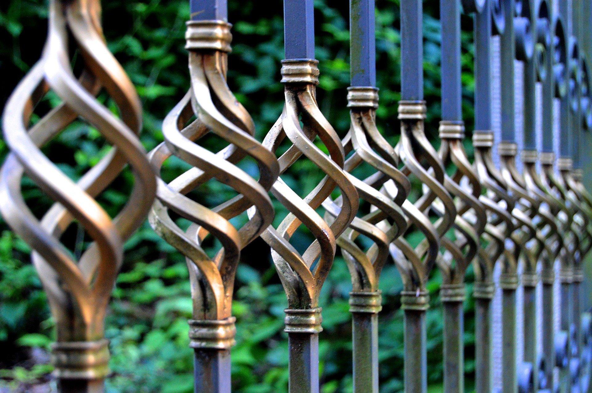 iron-gate-1623303_1920